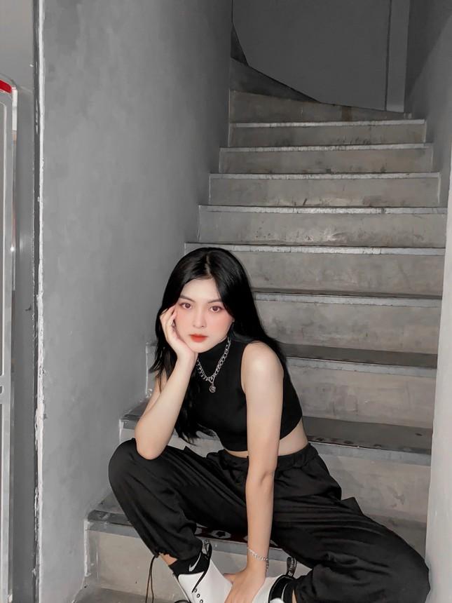 """Nhan sắc """"rúng động"""" của Hot Tiktoker Đắk Lắk khiến cư dân mạng đổ xô tìm kiếm ảnh 2"""