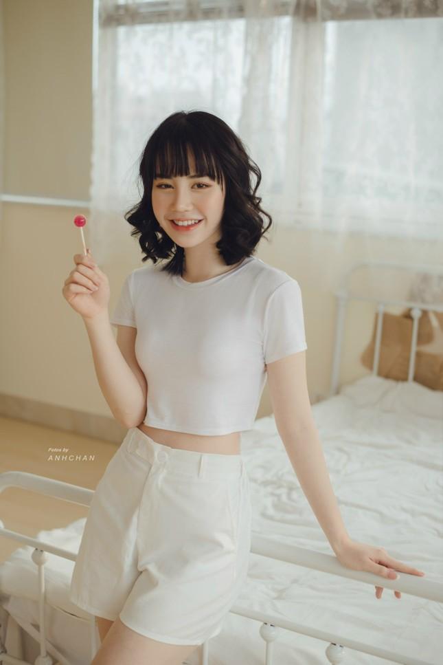Bỏng mắt trong bộ ảnh chụp tại studio của hotgirl Hà Thành ảnh 3
