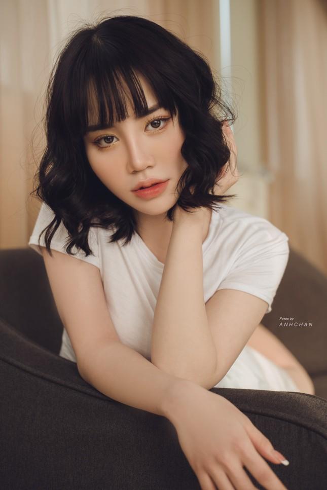 Bỏng mắt trong bộ ảnh chụp tại studio của hotgirl Hà Thành ảnh 9