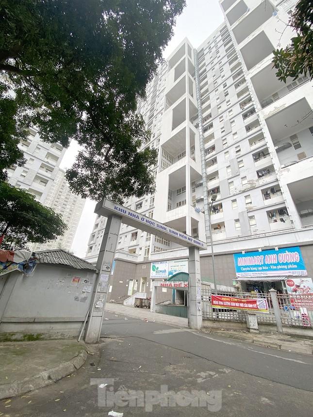 Toàn cảnh khu cao ốc 21 tầng dành cách ly người về từ vùng dịch ảnh 7