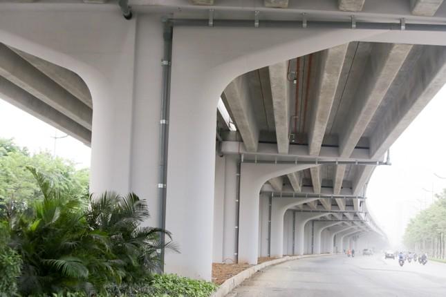 Cận cảnh đường vành đai 3 trên cao nối cầu Thăng Long - Mai Dịch sắp thông xe ảnh 9