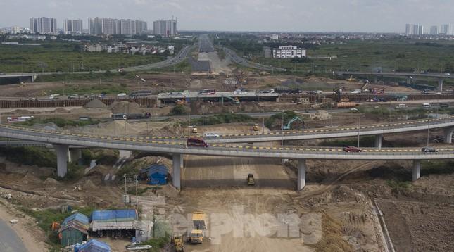 Toàn cảnh đại công trường 402 tỷ đồng nối vành đai 3 với cao tốc Hà Nội - Hải Phòng ảnh 3