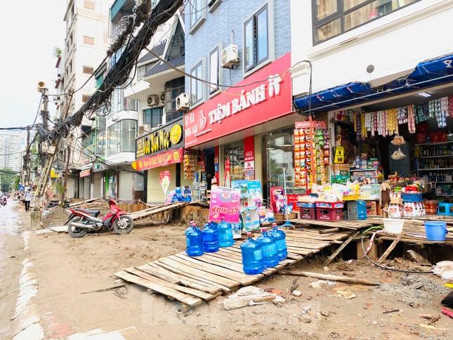 Tuyến đường dài hơn 400 mét ở Hà Nội thi công ba năm chưa về đích ảnh 7