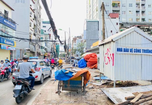 Tuyến đường dài hơn 400 mét ở Hà Nội thi công ba năm chưa về đích ảnh 5