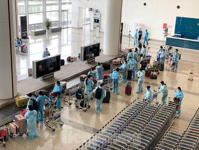 Chuyến bay quốc tế thường lệ được khôi phục như thế nào? ảnh 10
