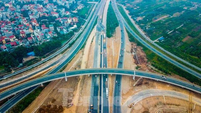 Nhìn gần nút giao 400 tỷ đồng sắp hoàn thiện ở Hà Nội ảnh 4