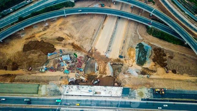 Nhìn gần nút giao 400 tỷ đồng sắp hoàn thiện ở Hà Nội ảnh 8