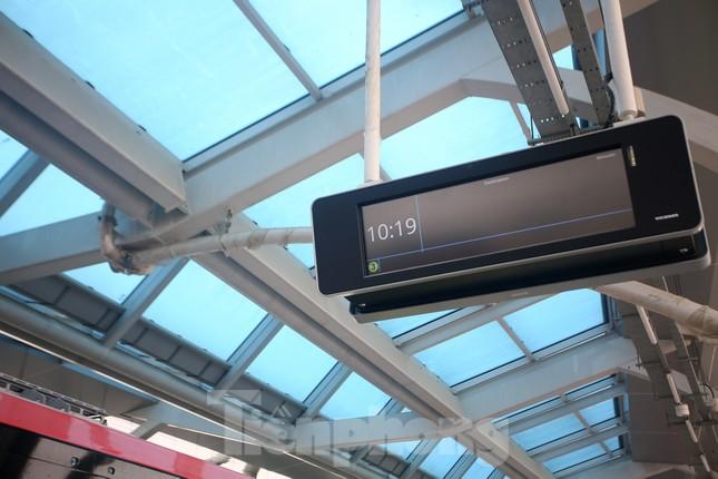 Nội thất hiện đại của tàu tuyến metro Nhổn - ga Hà Nội ảnh 10