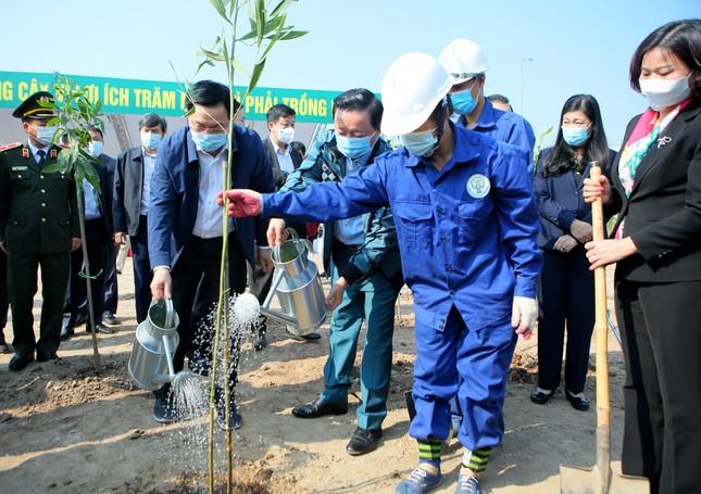 Hà Nội cùng Bộ TN&MT hưởng ứng chương trình trồng 1 tỷ cây xanh ảnh 6
