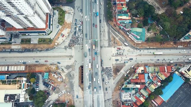 Tăng tốc thi công hầm chui đường bộ nút giao Lê Văn Lương - Khuất Duy Tiến ảnh 1