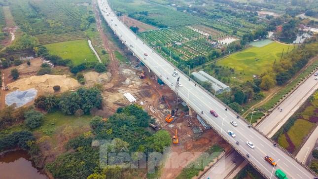 Cận cảnh đại công trường cầu Vĩnh Tuy 2 'nghìn tỷ' vượt sông Hồng ảnh 1