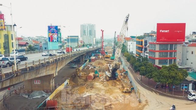 Cận cảnh đại công trường cầu Vĩnh Tuy 2 'nghìn tỷ' vượt sông Hồng ảnh 3