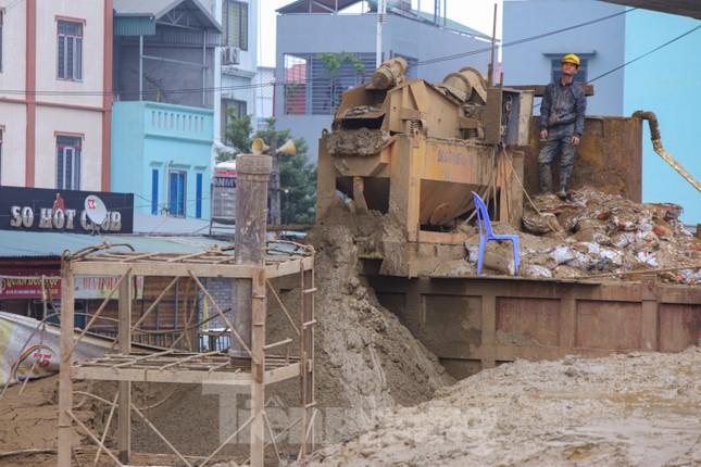 Cận cảnh đại công trường cầu Vĩnh Tuy 2 'nghìn tỷ' vượt sông Hồng ảnh 5