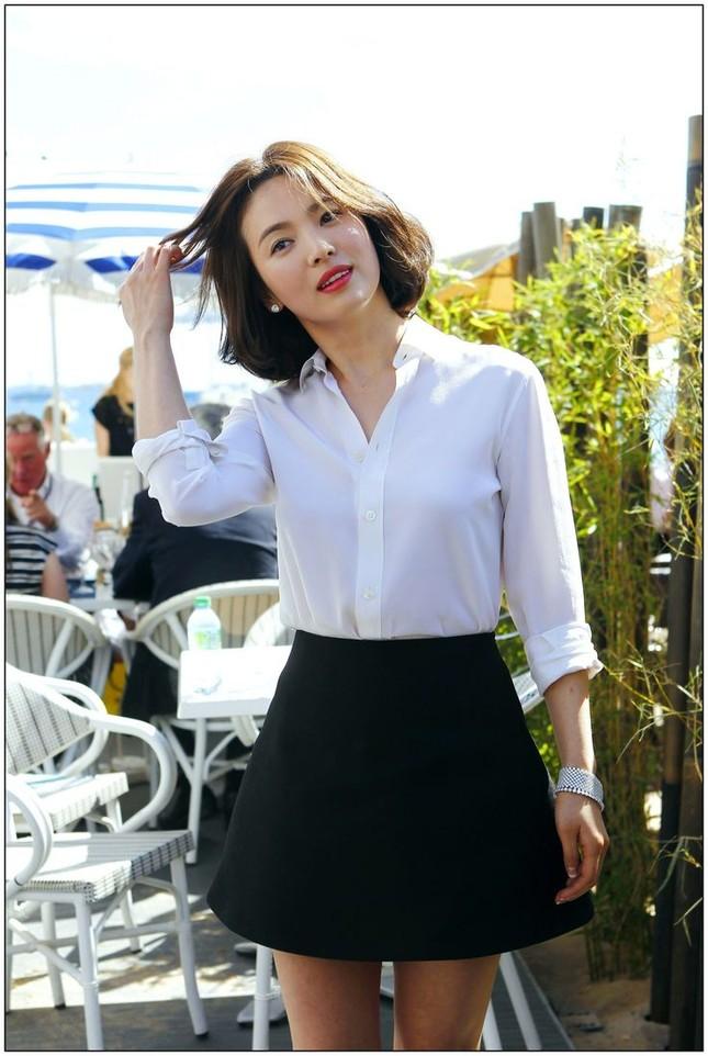Song Hye Kyo có bí quyết gì mà không cao vẫn khiến người khác phải ngước nhìn? ảnh 4
