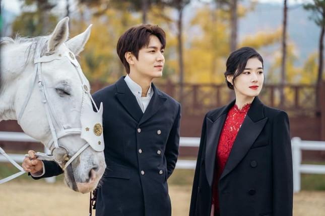 """Sau xuất ngũ, Lee Min Ho trở lại đầy lợi hại với phim """"Quân vương bất diệt"""" ảnh 6"""