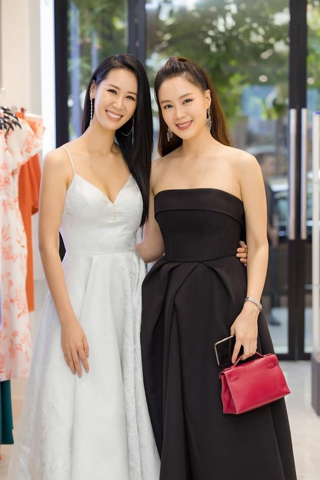 Hoa hậu Dương Thùy Linh: Muốn trẻ lâu, hãy buông bỏ những gì không cần thiết ảnh 1