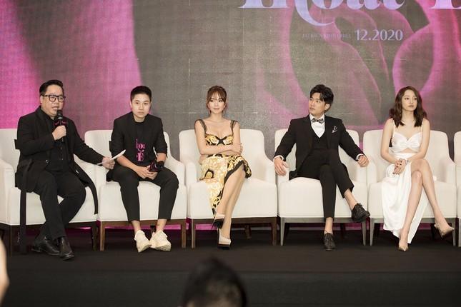 """Minh Hằng một mình ôm ba vai trò: Diễn viên, nhà đầu tư và nhà sản xuất trong """"Thoát ế""""  ảnh 1"""