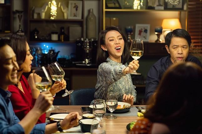 """Bí quyết giữ lửa hôn nhân của Thu Trang: """"Giữa chúng tôi không có bí mật trong điện thoại"""" ảnh 5"""