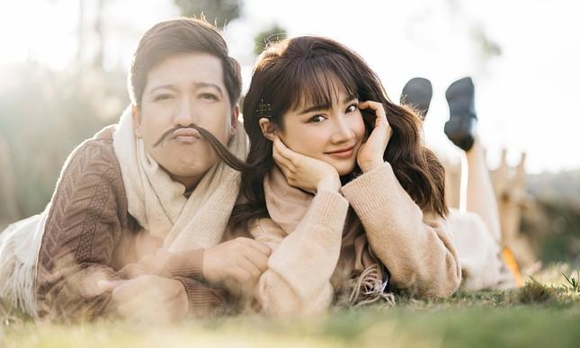 Ngày nào vừa quen nhau trên phim trường, Nhã Phương - Trường Giang đã kỷ niệm 5 năm yêu  ảnh 4