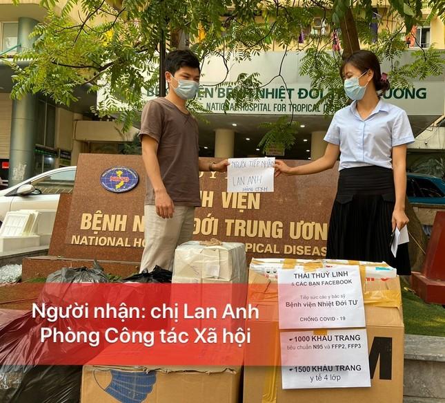 Thái Thùy Linh tiếp tục làm thiện nguyện: Kêu gọi góp khẩu trang cho y bác sĩ Đà Nẵng ảnh 10