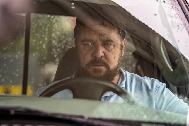 """Russell Crowe hóa thành kẻ tâm thần truy sát người đi đường trong """"Kẻ cuồng sát"""" ảnh 3"""