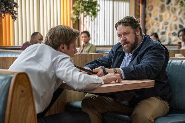 """Russell Crowe hóa thành kẻ tâm thần truy sát người đi đường trong """"Kẻ cuồng sát"""" ảnh 5"""