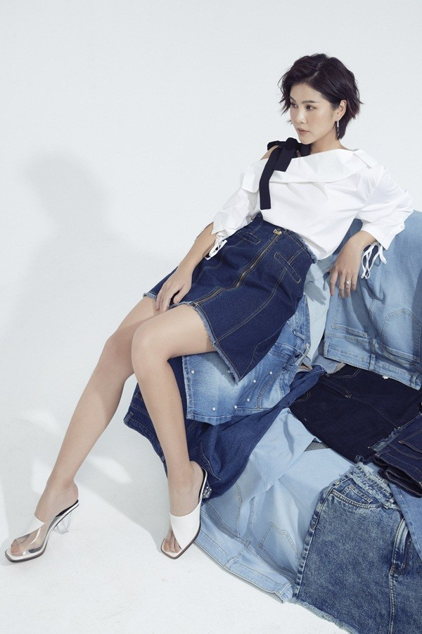 Ai nói phụ nữ mặc jeans thì thiếu nữ tính, MC Thu Hoài chứng minh điều ngược lại ảnh 15