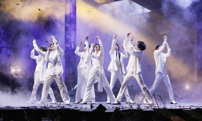 """Vừa tung ca khúc mới, BTS vừa oanh tạc phòng vé với phim """"Break the Silence: The Movie"""" ảnh 3"""