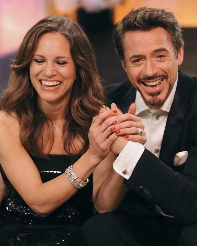 """Hollywood không thiếu những cặp đôi """"tỷ đô"""": Cả vợ lẫn chồng đều quyền lực đáng nể ảnh 1"""