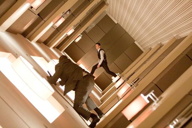Vì đâu các tác phẩm của Christopher Nolan không bị xem là bom tấn hành động thông thường? ảnh 9