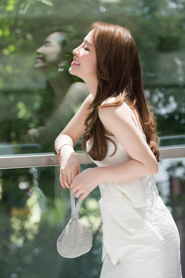 """Sau sóng gió tình cảm, Quỳnh Nga rút ra kinh nghiệm chọn chồng """"nghe đến đâu thấm đến đó"""" ảnh 8"""