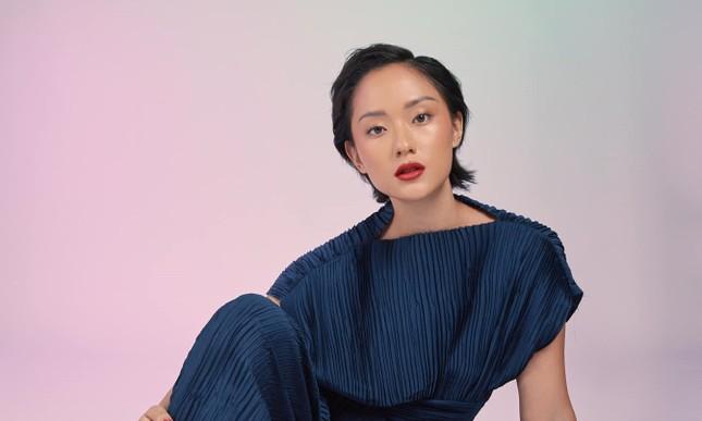 Vì sao Thu Anh Hồ được gọi vui là cô gái vàng của làng MV xứ Việt? ảnh 1