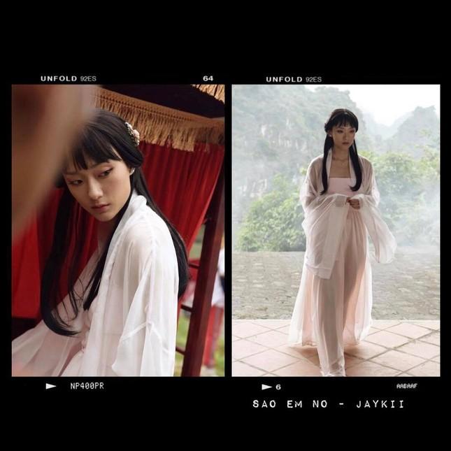 Vì sao Thu Anh Hồ được gọi vui là cô gái vàng của làng MV xứ Việt? ảnh 10