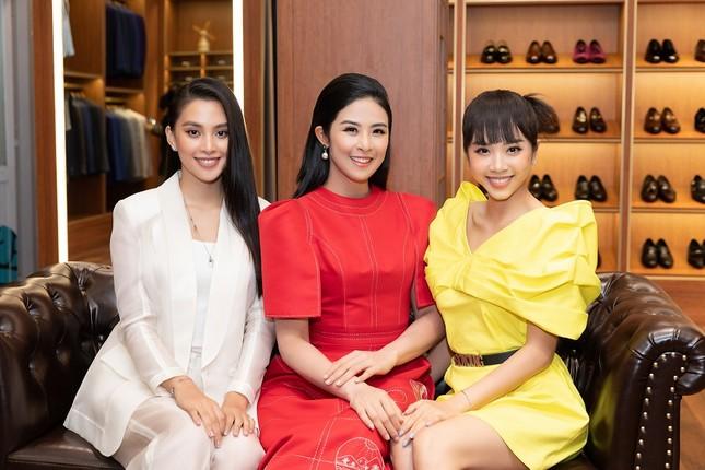 Không scandal, lại kinh doanh mát tay, Hoa hậu Việt Nam 2010 đúng là hiếm thấy ở showbiz ảnh 11