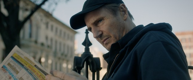 """Liam Neeson mãi chưa thoát kiếp lận đận, lại cân não đối đầu FBI trong """"Phi vụ hoàn lương"""" ảnh 5"""