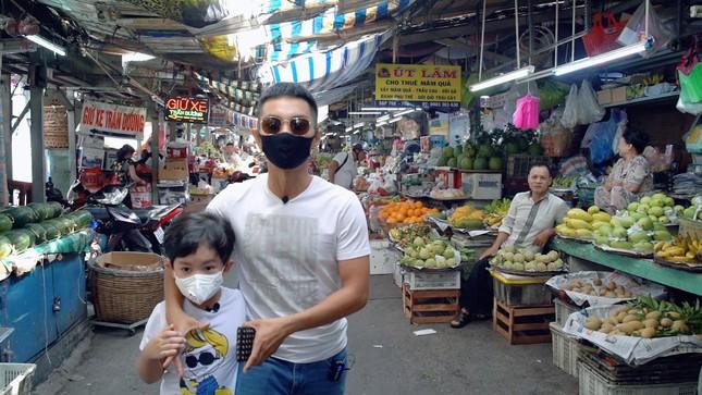 Dù yêu chiều Khánh Thi đến mấy, Phan Hiển vẫn căng thẳng cực độ khi làm điều này cho vợ ảnh 3