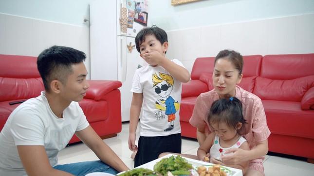 Dù yêu chiều Khánh Thi đến mấy, Phan Hiển vẫn căng thẳng cực độ khi làm điều này cho vợ ảnh 6