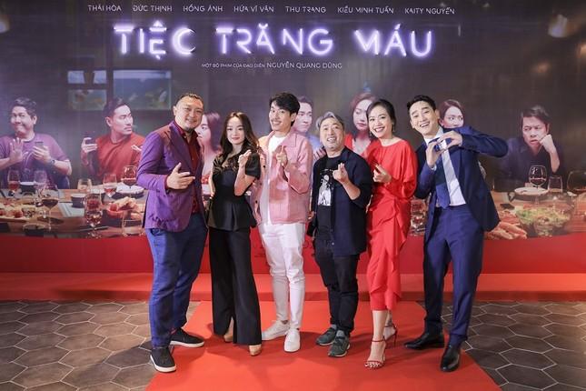 """Dàn sao đình đám hội tụ trong buổi ra mắt """"Tiệc trăng máu"""", phim Việt hay nhất tháng này ảnh 10"""