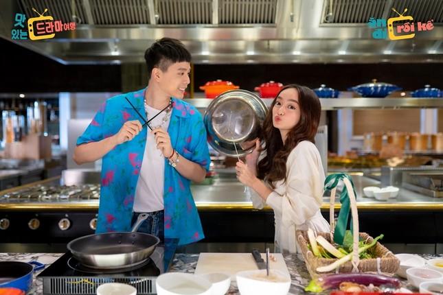 """Nhiều nhóm nhạc Hàn Quốc nổi tiếng sẵn sàng khám phá ẩm thực Việt Nam qua """"Ăn đi rồi kể"""" ảnh 11"""