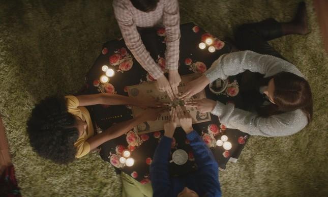 Giật mình ám ảnh với những nghi lễ phù thủy đầy kỳ bí trên màn ảnh rộng ảnh 11