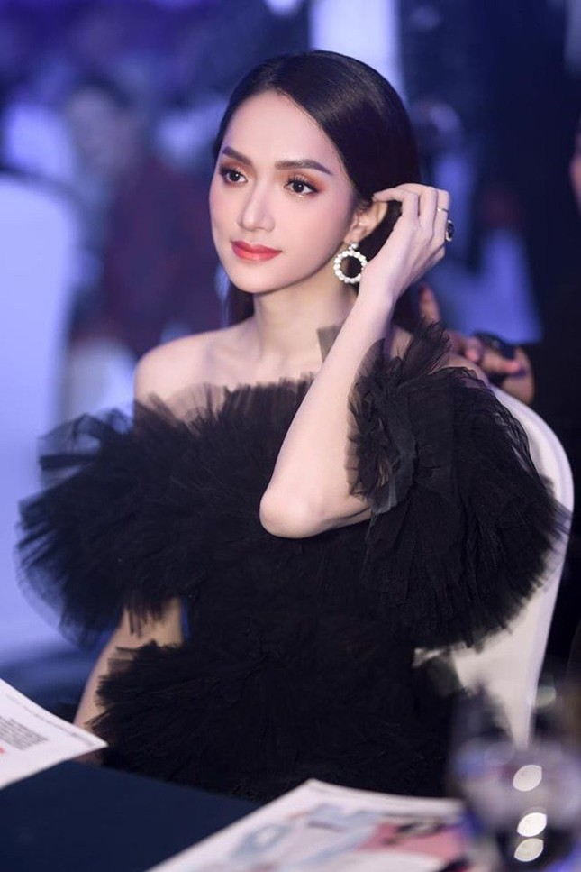 """Từ """"sao"""" nữ hàng đầu, Hương Giang trở thành nhân vật nhiều anti-fan nhất V-biz  ảnh 14"""