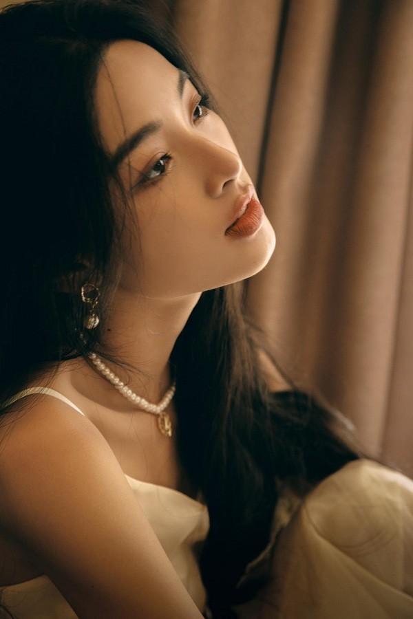"""Phim """"Em và Trịnh"""" công bố diễn viên đóng """"Diễm xưa"""", có lãng mạn thanh khiết như mô tả? ảnh 8"""