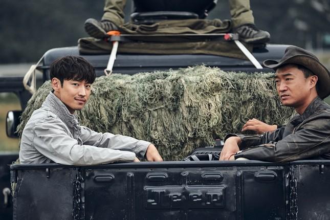 Thật bất ngờ khi điện ảnh Hàn đã tham gia dòng phim về những kẻ cướp mộ cổ ảnh 1
