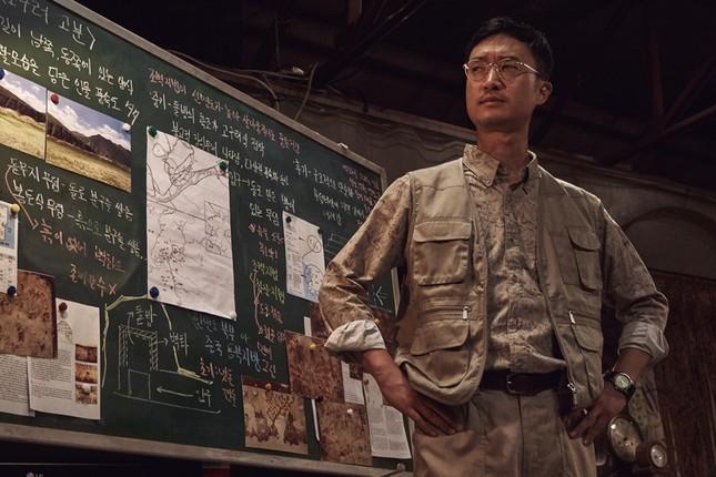 Thật bất ngờ khi điện ảnh Hàn đã tham gia dòng phim về những kẻ cướp mộ cổ ảnh 3