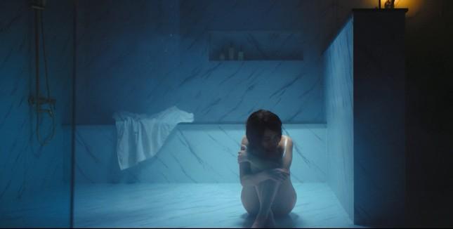 """Xem trailer """"Bẫy ngọt ngào"""" mới thấy chưa khi nào Minh Hằng, Bảo Anh nóng bỏng đến thế ảnh 3"""
