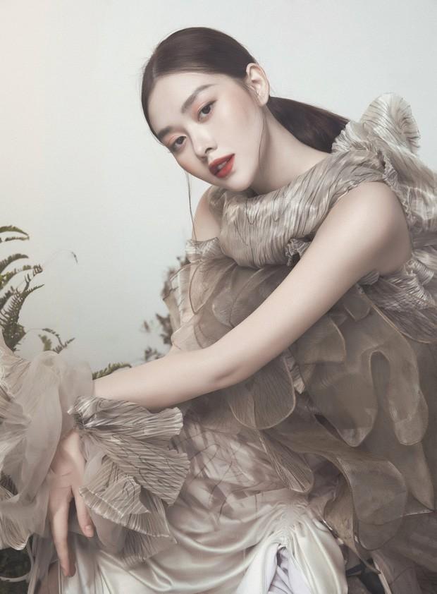 Kết hôn ở tuổi 20, Tường San là người lấy chồng sớm nhất dàn Hoa hậu, Á hậu Việt ảnh 4