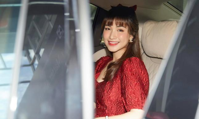 Dù có chồng giàu có, Hòa Minzy vẫn được hội chị em khen ngợi vì quan điểm này ảnh 5