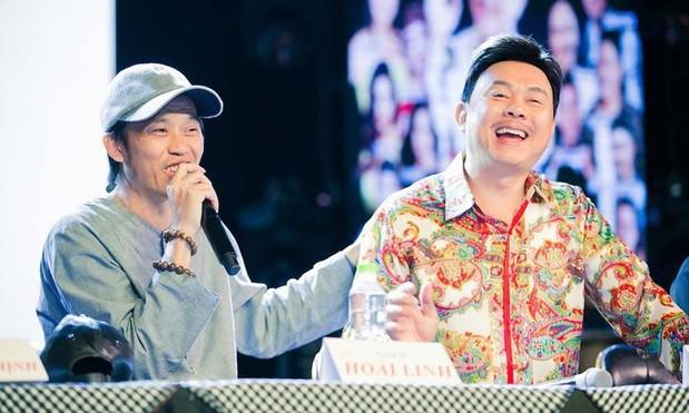 Khán giả rớt nước mắt trước những gì Hoài Linh chia sẻ trong tang lễ nghệ sĩ Chí Tài ảnh 5