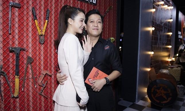 """Cặp vợ chồng """"quấn quít"""" nhất showbiz Việt là đây chứ đâu! ảnh 4"""