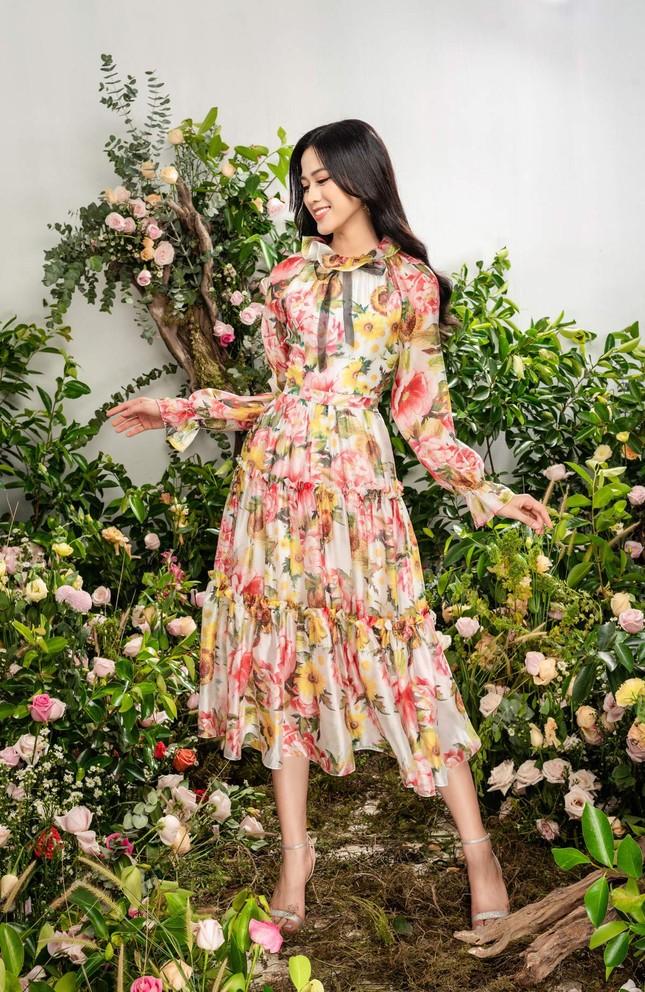Nhờ vóc dáng chuẩn mà Hoa hậu Đỗ Thị Hà mặc phong cách nào cũng đẹp ảnh 7